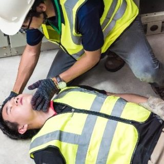 emergency first aid at work, workplace first aid, first aid courses